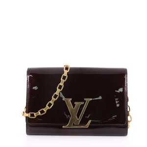 0166c550067 Louis Vuitton Louise Chain Gm Maroon Patent Leather Clutch