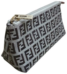 354eb0bb1b Fendi Cosmetic Bags - Up to 70% off at Tradesy