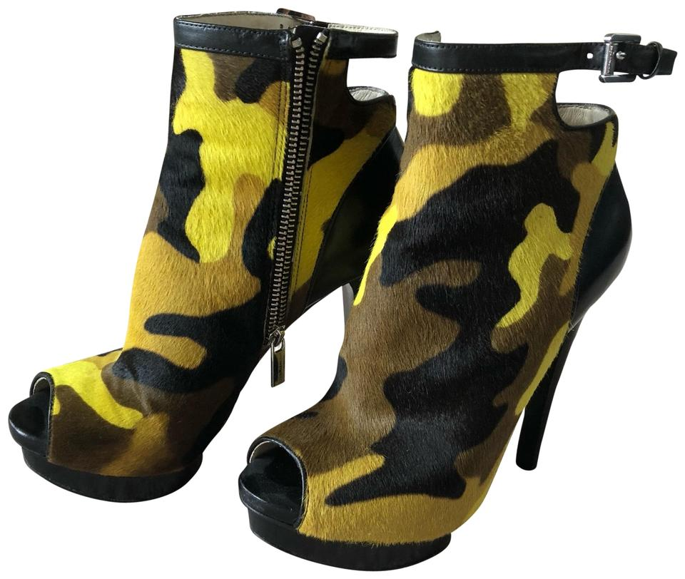 f77be5661e8e2 Michael Kors Camouflage Open Boots/Booties Size US 7.5 Regular (M, B ...