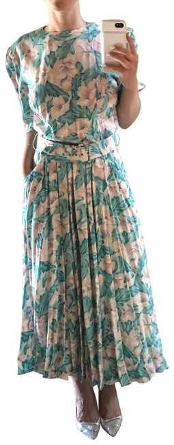 Preload https://img-static.tradesy.com/item/23986103/teal-pink-white-floral-pattern-long-workoffice-dress-size-4-s-0-1-650-650.jpg
