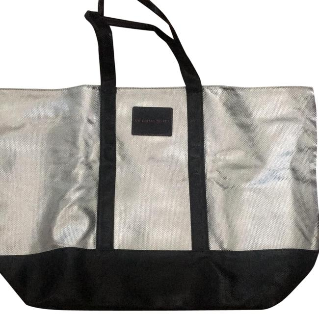 Item - Tote Black and Silver Satchel