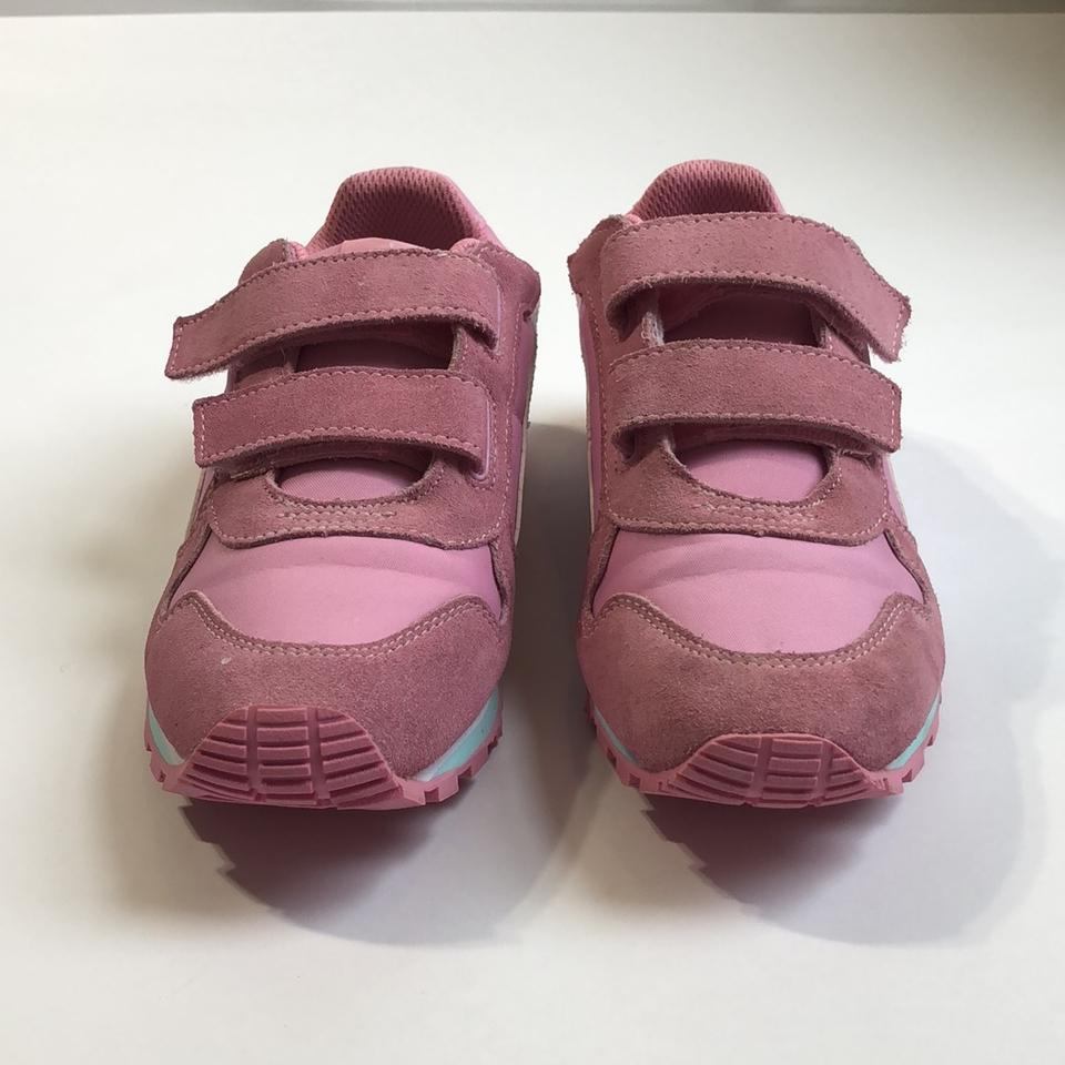 a1e0d0f73476be Puma Pink Velcro Sneakers Sneakers Size EU 35 (Approx. US 5) Regular ...
