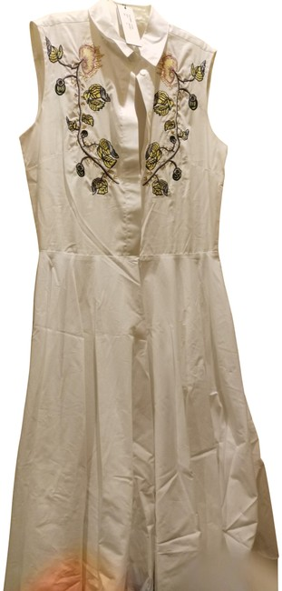 Item - White Multiple Embroidered Mid-length Cocktail Dress Size 10 (M)
