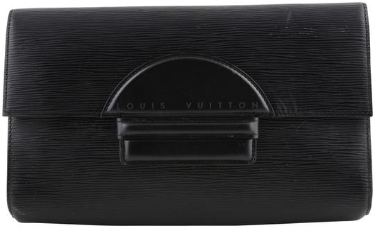 Preload https://img-static.tradesy.com/item/23987591/louis-vuitton-vintage-epi-chaillot-noir-black-leather-clutch-0-1-540-540.jpg
