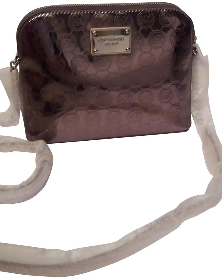 955caa3ac243 Michael Kors Cindy Large Dome Nickel Signature Pvc Cross Body Bag ...