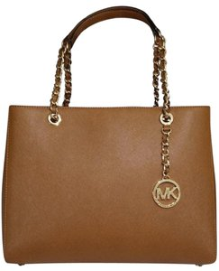 Michael Kors Susannah Shoulder Saffiano Leather Tote in brown
