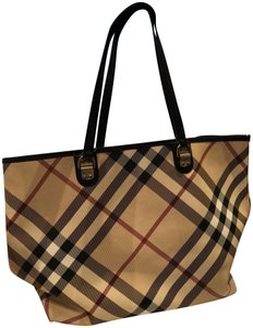 Burberry Burberrytote Shoulderbag Tote in Burberry check