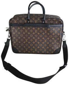 8237890c2d33 Louis Vuitton Louise Shoulder Bags - Up to 70% off at Tradesy