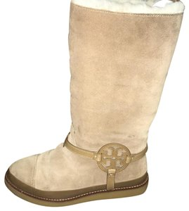 a8a3e03345baf Tory Burch Shearling Boots - Up to 70% off at Tradesy (Page 2)