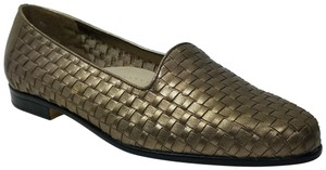 Trotters Pewter Flats