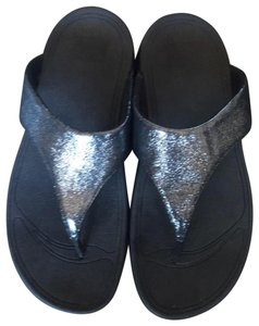 FitFlop shimmery black Sandals