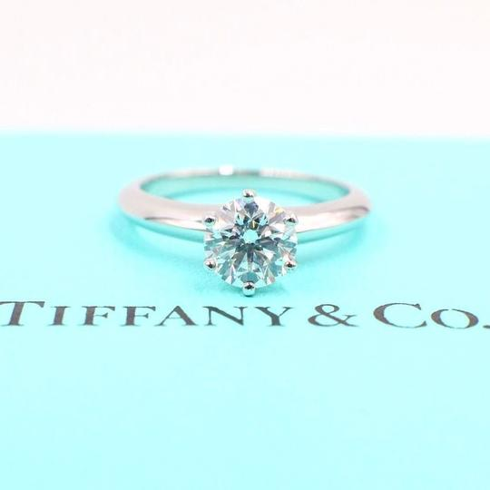 Tiffany & Co. H Diamond Round Solitaire 1.02 Carat Vs1