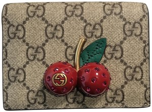 Gucci Gucci GG supreme case wallet with cherry