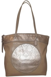 Coach Refurbished Leather Extra-large Euc Tote in Taupe