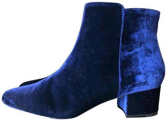 Preload https://img-static.tradesy.com/item/23992387/joie-blue-fenella-velvet-bootsbooties-size-eu-385-approx-us-85-regular-m-b-0-1-540-540.jpg
