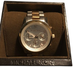1df6ade3f73c Michael Kors Rose Gold Watches - Up to 70% off at Tradesy