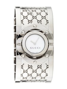 Gucci Stainless steel 33mm Gucci Twirl watch