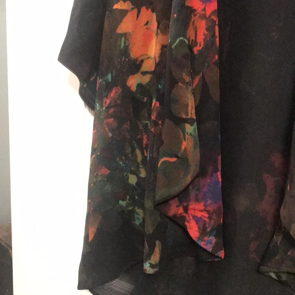 best selling sold worldwide huge discount H&M Black with Multi Floral Chic Hippy Sheer Robe Poncho/Cape Size OS (one  size) 39% off retail