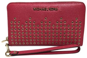 Michael Kors Michael Kors Hayes Large Jet set travel phone case grommeted wristlet