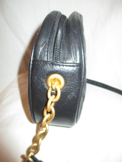 L.J.S. Collection Vintage Vegan Faux Leather Tassel Cross Body Bag Image 4