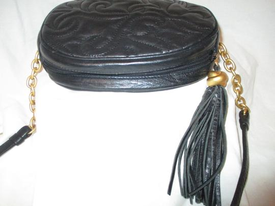 L.J.S. Collection Vintage Vegan Faux Leather Tassel Cross Body Bag Image 8