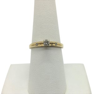 Other 14k Yellow Gold and .12ct Round Cut Diamond Engagement Ring Size 7.5