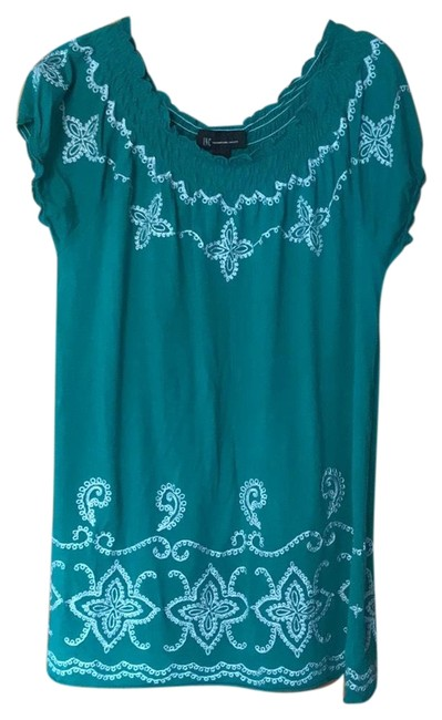 Preload https://item2.tradesy.com/images/inc-international-concepts-greenwhite-blouse-size-12-l-23997231-0-1.jpg?width=400&height=650