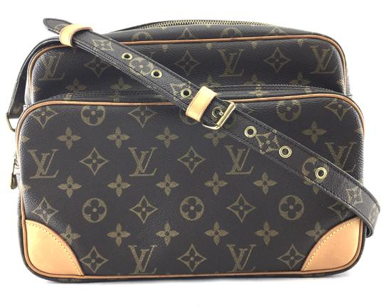 Preload https://item3.tradesy.com/images/louis-vuitton-amazon-22008-28-two-compartment-long-shoulder-messenger-monogram-coated-canvas-cross-b-23997282-0-1.jpg?width=440&height=440