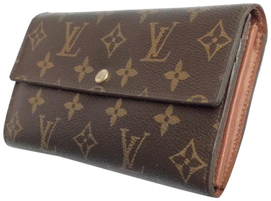 Preload https://img-static.tradesy.com/item/23997285/louis-vuitton-brown-monogramed-lv-sarah-bifold-wallet-0-2-540-540.jpg