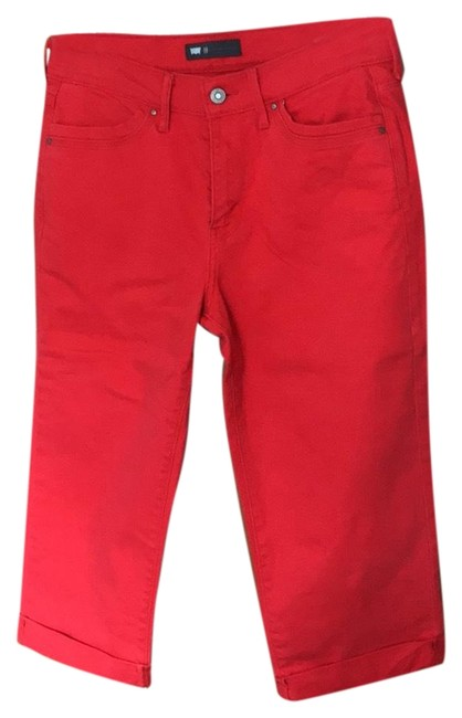 Preload https://item5.tradesy.com/images/levi-s-red-capris-size-10-m-31-23997294-0-1.jpg?width=400&height=650