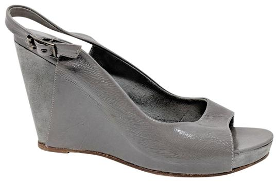 Preload https://img-static.tradesy.com/item/23997296/theory-grey-suede-patent-leather-slingback-wedges-size-us-9-regular-m-b-0-2-540-540.jpg