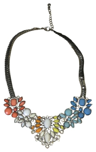 Item - White Multi Statement Necklace