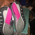 Nike grey and pink Athletic Image 4
