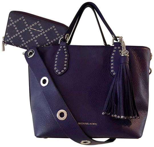 Preload https://item1.tradesy.com/images/michael-kors-brooklyn-convertible-purple-leather-tote-23997360-0-1.jpg?width=440&height=440