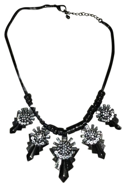 Forever 21 Silver Statement Necklace Forever 21 Silver Statement Necklace Image 1