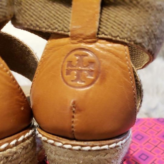 Tory Burch Tan and olive Wedges