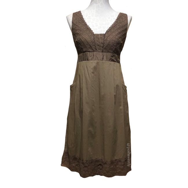 Preload https://item5.tradesy.com/images/anthropologie-taupe-brown-and-cotton-midi-mid-length-short-casual-dress-size-6-s-23997604-0-0.jpg?width=400&height=650
