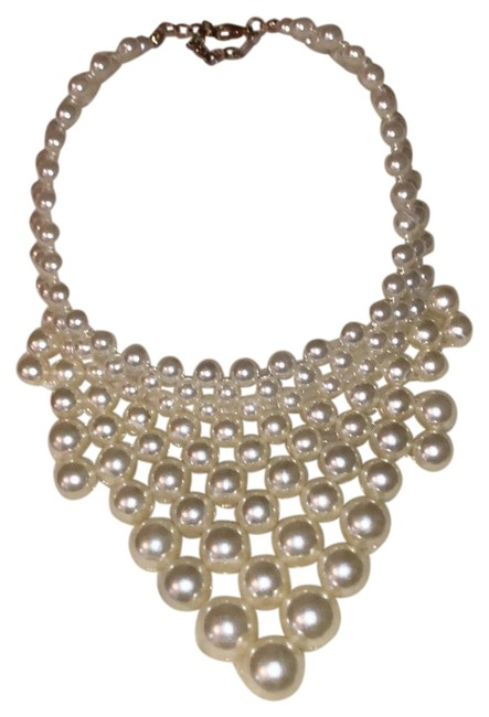 Forever 21 Pearl Necklace Forever 21 Pearl Necklace Image 1