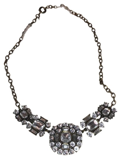 Preload https://img-static.tradesy.com/item/23997675/jcrew-statement-necklace-0-1-540-540.jpg