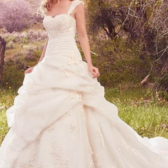 Maggie Sottero Ivory Organza and Lace Zara Formal Wedding Dress Size 16 (XL, Plus 0x)