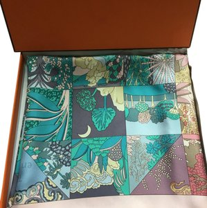 Hermès HERMES Tout En Quilt by Caty Latham Silk Scarf NEW