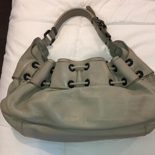 Burberry Satchel in taupe Image 2