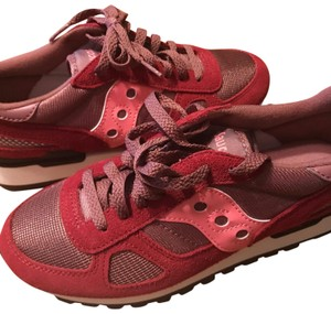 Saucony Maroon/Pink Athletic
