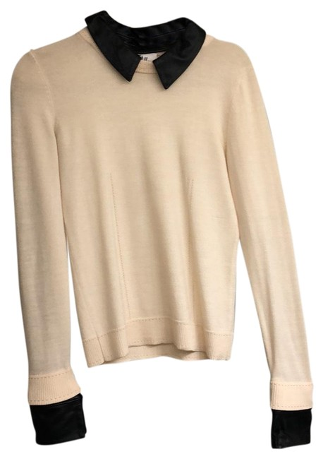 Preload https://img-static.tradesy.com/item/23998694/milly-cream-with-black-leather-collar-and-cuffs-sweaterpullover-size-4-s-0-1-650-650.jpg