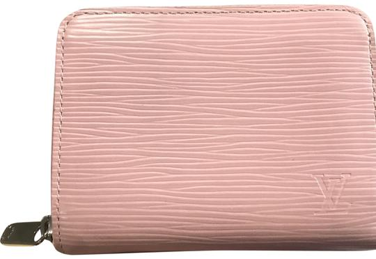 Preload https://img-static.tradesy.com/item/23998714/louis-vuitton-pink-zippy-coin-purse-wallet-0-1-540-540.jpg