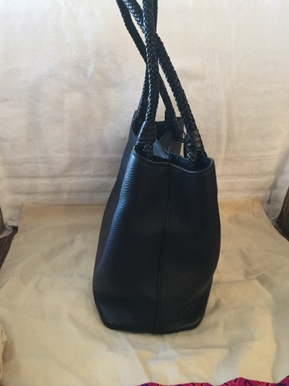 Tory Burch Taylor Tote in Black 001