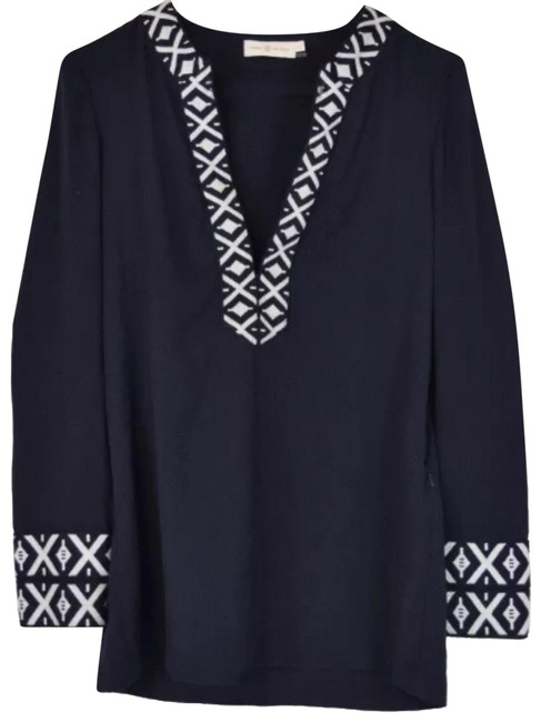 Preload https://img-static.tradesy.com/item/23999095/tory-burch-navy-white-embroidered-classic-with-taping-tunic-size-0-xs-0-1-650-650.jpg