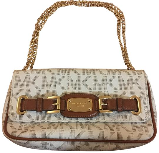 Preload https://img-static.tradesy.com/item/23999136/michael-kors-white-mk-logo-shoulder-bag-0-1-540-540.jpg