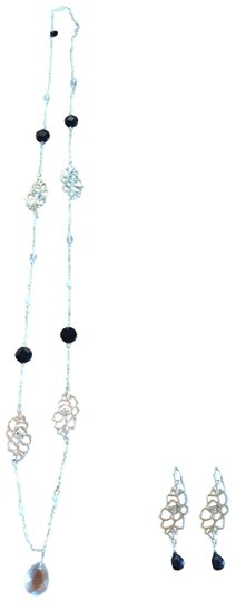 Preload https://img-static.tradesy.com/item/23999159/white-house-black-market-silver-pearl-crystal-cubic-zirconia-multi-strand-and-earring-set-necklace-0-1-540-540.jpg