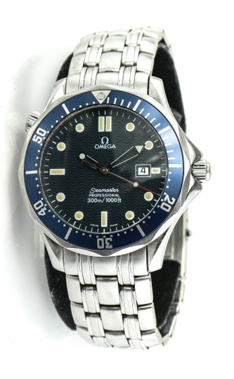 Preload https://img-static.tradesy.com/item/23999383/omega-stainless-steel-seamaster-diver-s-watch-0-0-540-540.jpg